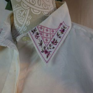 **Foxcroft** White Embroidered Shirt Size 12